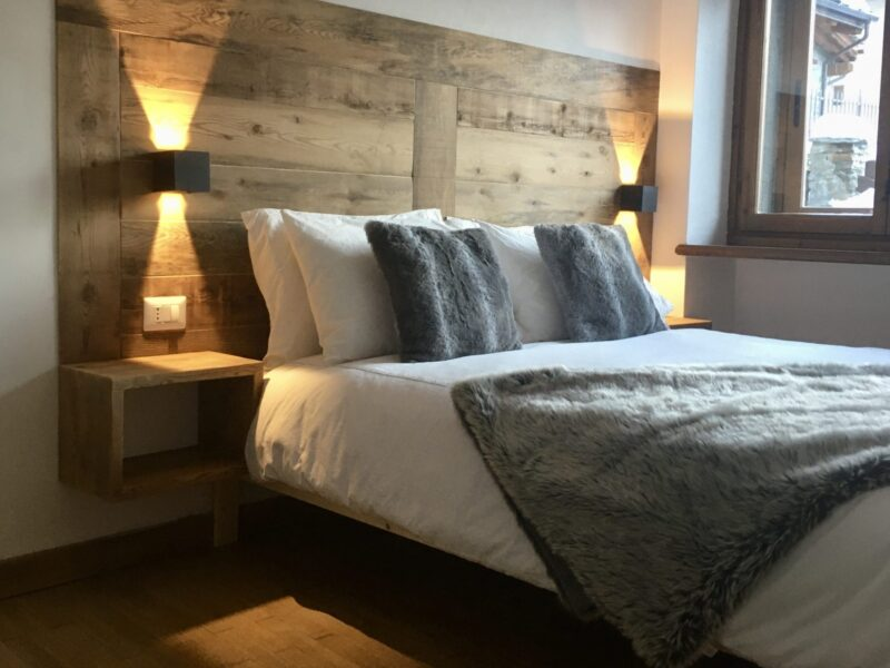 Bedroom, apartment accommodation in modern, luxury chalet style in Sauze d'oulx perfect for your ski holiday