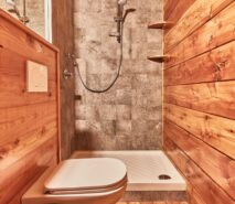 modern bathroom, apartment accommodation, ski sauze d'oulx