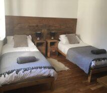 modern luxury, chalet style bedroom, apartment Casa della Mamma, Sauze d'Oulx ski holidays