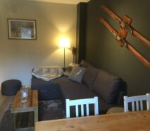 Apartment Gokyo, modern ski holiday apartment in central Sauze d'Oulx