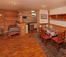 Dining/ kitchen view Besson apartment 3 central Sauze d'Oulx apartment holiday accommodation ski