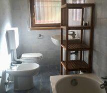 Bathroom in apartment Biancaneve, ski holiday apartment in Sauze d'Oulx Via Lattea