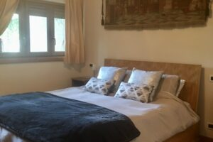 Main bedroom in Biancaneve, ski holiday apartment in Sauze d'Oulx, Via Lattea